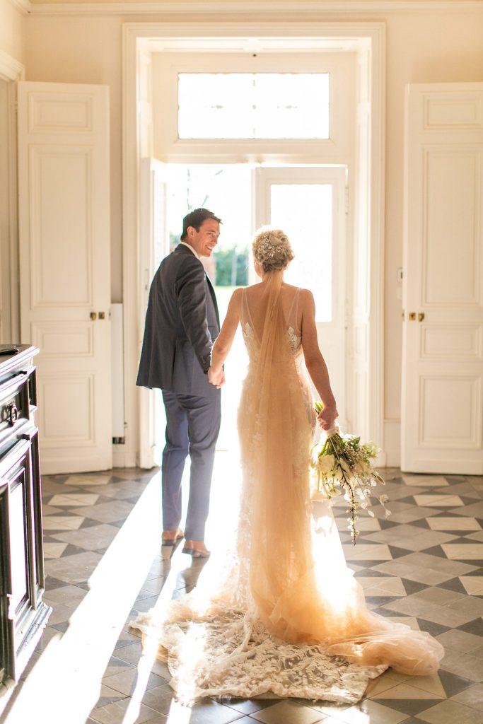 Dordogne-France-wedding-couple