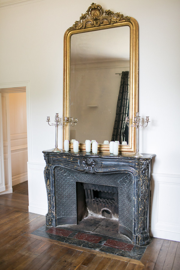 chateau-de-redon-interiors-fireplace