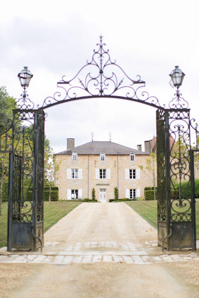 French-wedding-chateau-Dordogne