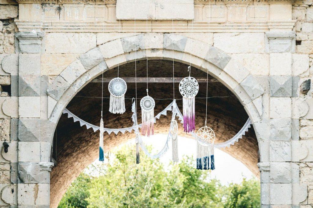 the-wedding-village-france-castelnau