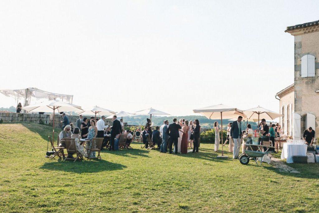 the-castelnau-wedding-village-cocktail-hour