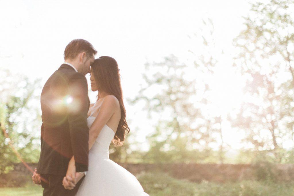 destination-wedding-bride-groom-france